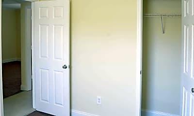 Bedroom, Manor III Apartments, 2