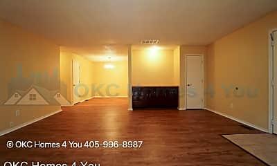 Living Room, 12113 Windmill Rd, 1