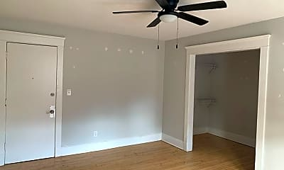 Bedroom, 100 Howe St, 1