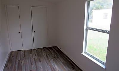 Bedroom, 402 Hill St B, 2