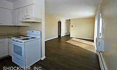 Kitchen, 790 Dayton St, 1