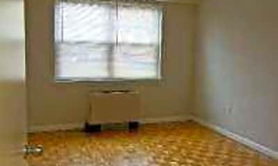Living Room, The Regency on Elm, 2