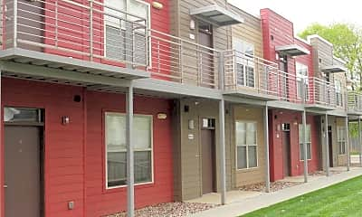 Building, 1200 Walnut Apartments, 2