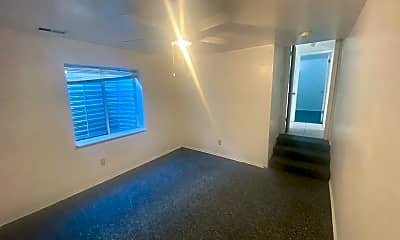 Bathroom, 529 E Center St, 2