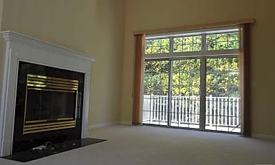 Living Room, 1466 Cornwall Rd, 1