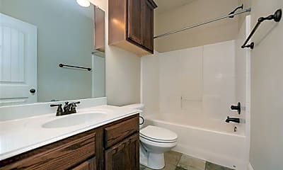 Bathroom, 2934 Forest Park Blvd, 1