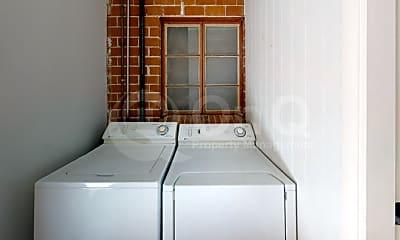 Bathroom, 1622 E Copper St, 2