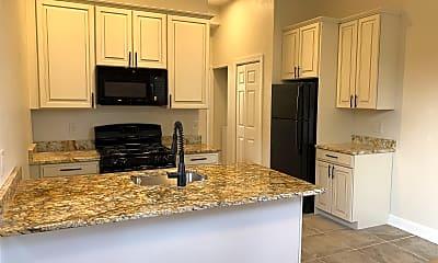 Kitchen, 262 S Winebiddle St, 1