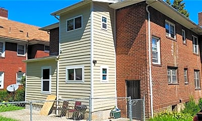 Building, 2424 Elm St, 1