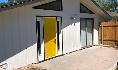 Building, 1500 E 10th St, 1