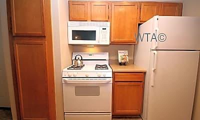 Kitchen, 13401 Metric Blvd, 1