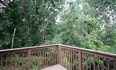 Patio / Deck, 407 Fort Hill Cir, 2