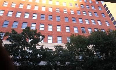 Maverick Apartments, 0