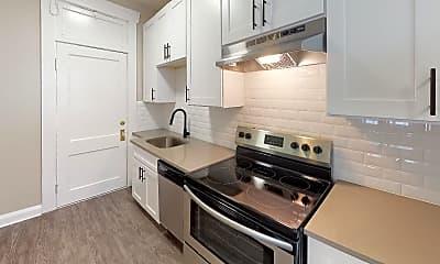 Kitchen, 916 S. Oregon Avenue, 0