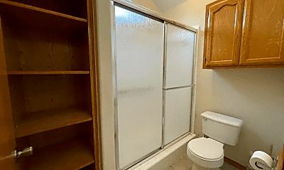 Bathroom, 1109 N 47th St, 2