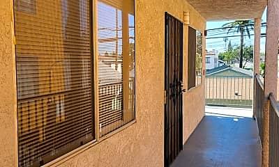 Patio / Deck, 1051 Dawson Ave, 2