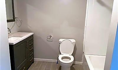 Bathroom, 7322 Whipple St, 2