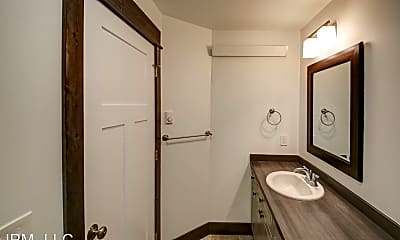 Bathroom, 1809 Golden W Dr, 1