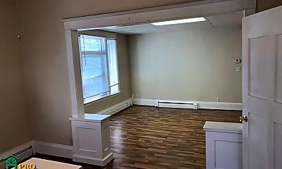 Kitchen, 1432 Washington St NE, 1