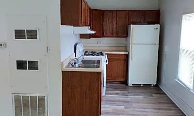 Kitchen, 714 Noltze Dr, 2