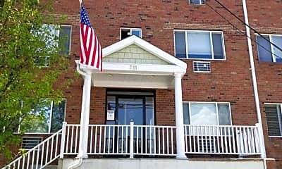 Building, 711 Willis Ave, 0