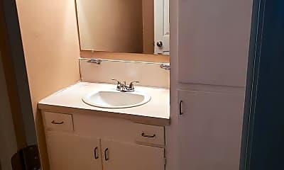 Bathroom, 1100 S Mayfair Terrace, 2