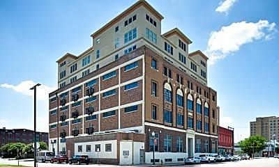 Building, Paramount Waco, 0