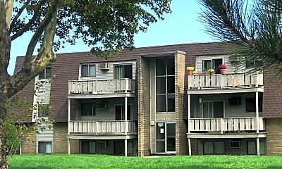 Foxborough Commons, 0