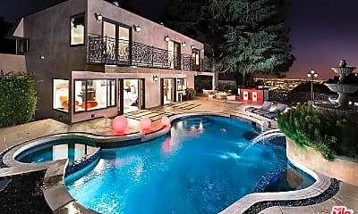 Pool, 2093 Mt Olympus Dr, 0