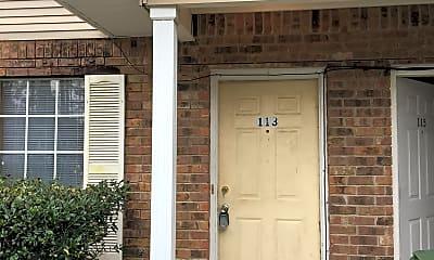 Building, 113 S Maple St, 0