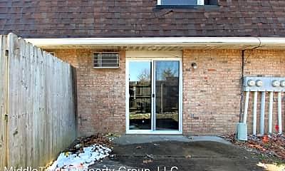 Building, 222 W Centennial Ave, 2