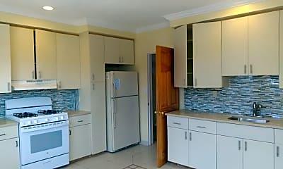Kitchen, 93-11 Hollis Ct Blvd, 1