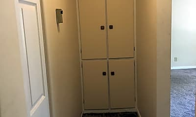 Bathroom, 3729 Oakland Dr, 2