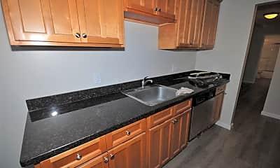 Kitchen, 641 Masonic Way, 1