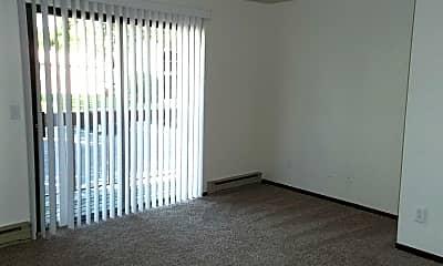 Living Room, 4501 Boardwalk Dr., Bldg. H, 1