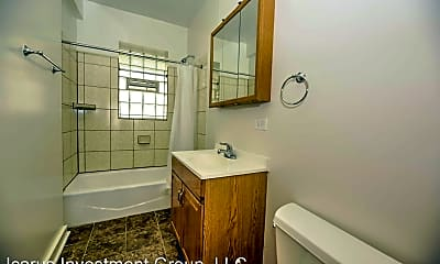 Bathroom, 6355 S Kedzie Ave, 2