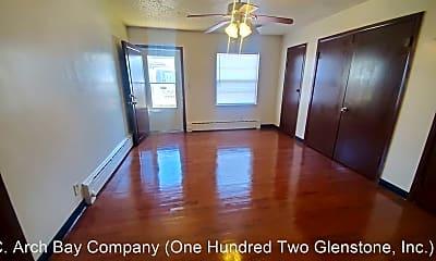 Living Room, 440 E Cherry St, 1