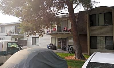 Laurel Park Apartments, 2