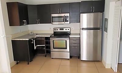 Kitchen, 560 SW 4th St 1, 1