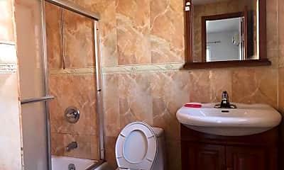 Bathroom, 132-36 Pople Ave 3A, 2
