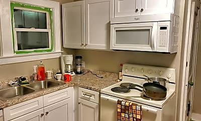 Kitchen, 241 Lorraine Ave, 2