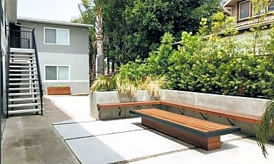 Patio / Deck, 836 26th St, 2