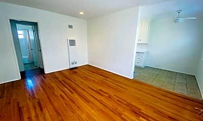 Living Room, 1025 17th St, 1