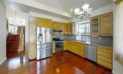 Kitchen, 4739 Cabello Street, 1