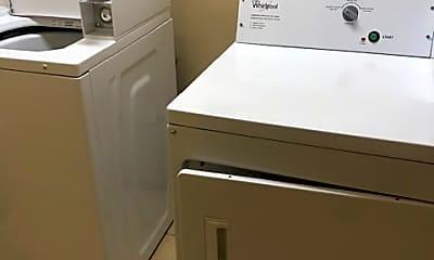 Kitchen, 419 S 19th St, 2