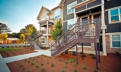 Building, Woodlands of Tuscaloosa Apartments, 1