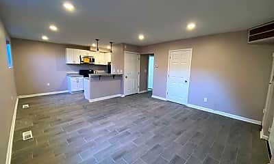 Living Room, 4714 Greenspring Ave, 1