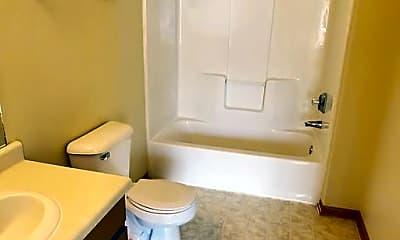 Bathroom, 610 N Spring St, 1
