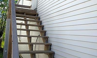 Patio / Deck, 334 Bowman St, 1
