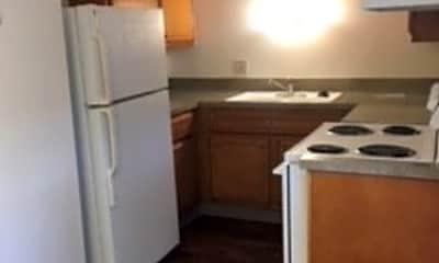 Kitchen, 2575 E Uintah St, 1